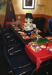 Party table with cupcakes